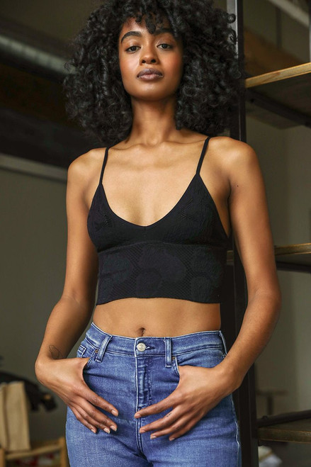 Seamless Textured Bralette | Black