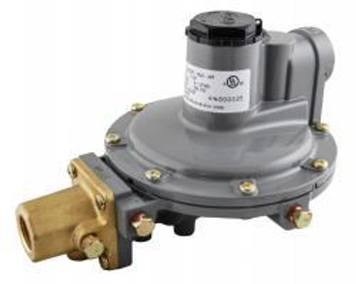 Integral two-stage regulator