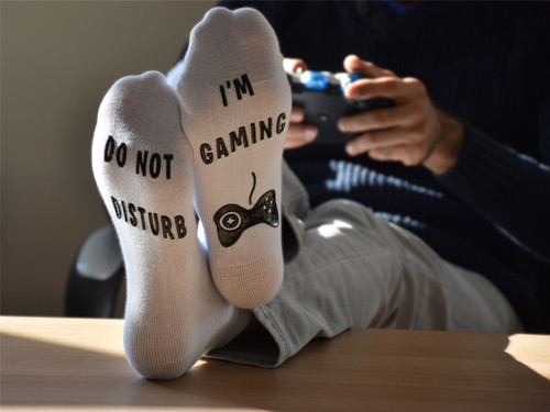 Vinsani 'Do Not Disturb, I'm Gaming' Funny Ankle Gamer Socks - White