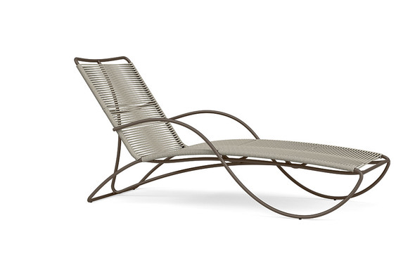 Walter Lamb Aluminum Contoured Chaise By Brown Jordan