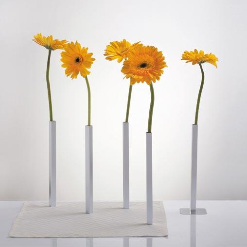 Magnetic Vase Set Silver   The Design Gift Shop