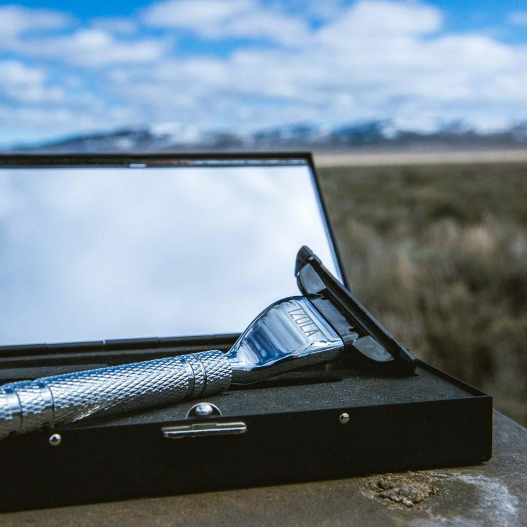Izola travel shave kit | the design gift shop