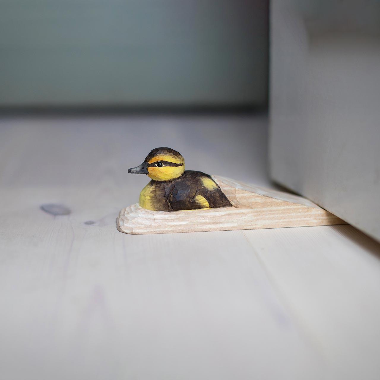 WILDLIFE GARDEN Doorstop Mallard Duckling | the design gift shop
