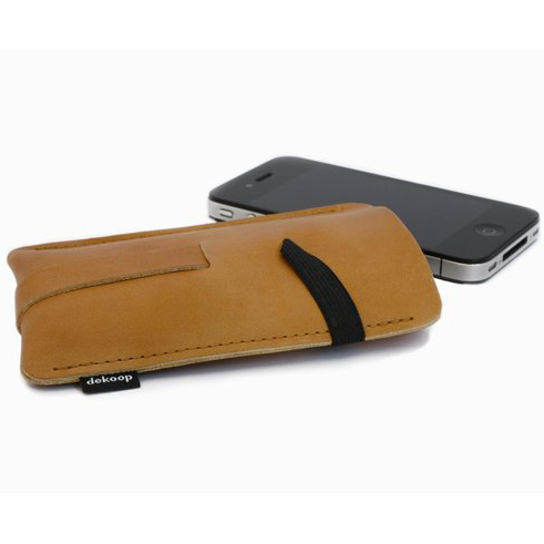 dekoop Babuschka - cognac brown leather phone case (phone not  included)