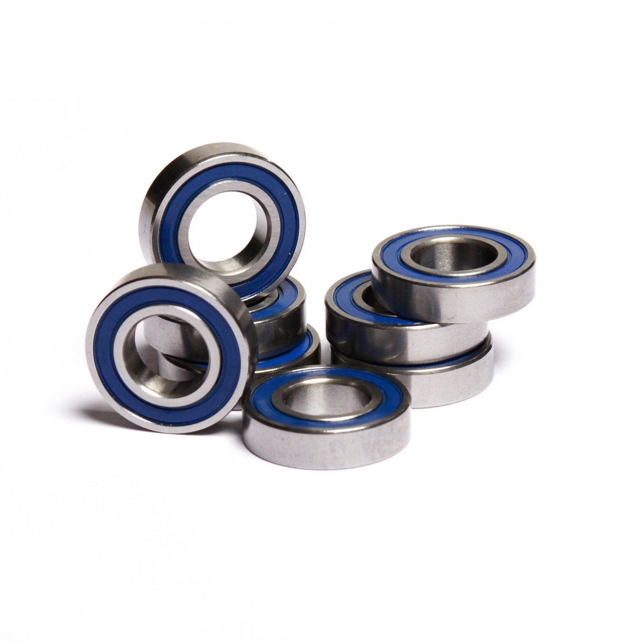 HPI Baja 8 piece wheel bearing kit.  Includes 8 - 12x24x6 blue rubber sealed bearings.