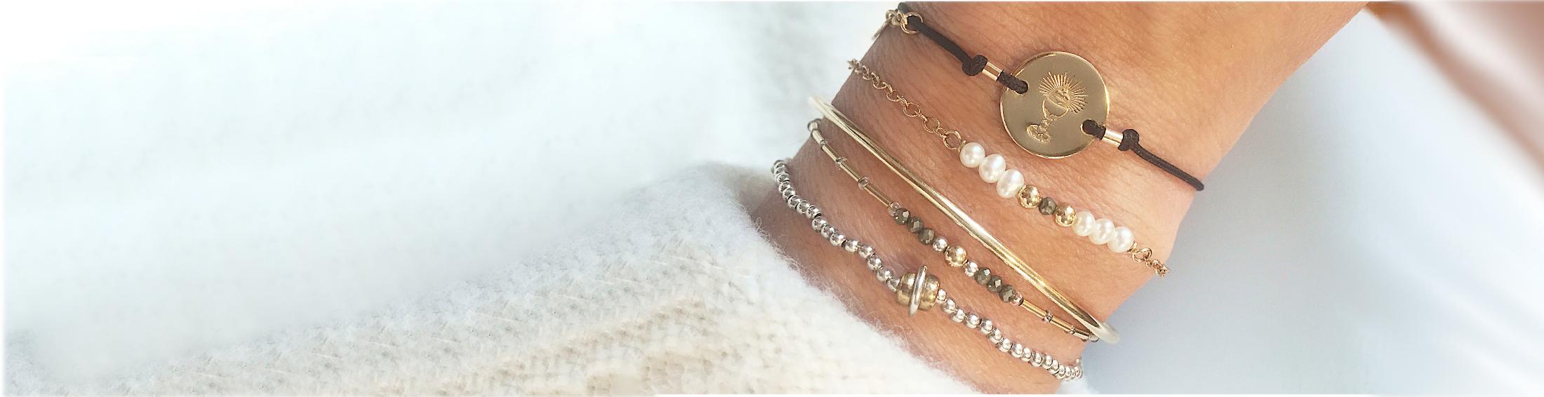 catholic-jewelry-catholic-bracelets-most-holy-eucharist-bracelet-catholic-gifts-bebeati-lg-widest.jpg