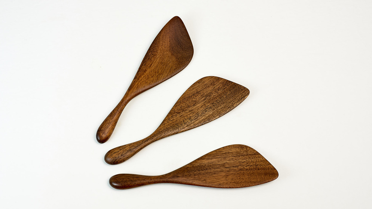 The Paddle Stirrer wood spatula handmade by Bob Gilmour, Australia. stir fry cooking utensil