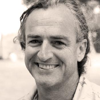 photo of australian designer maker and sculptor bob gilmour