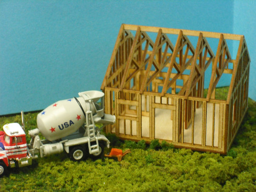 Train Time Laser O Scale Single Story House Under Construction Kit