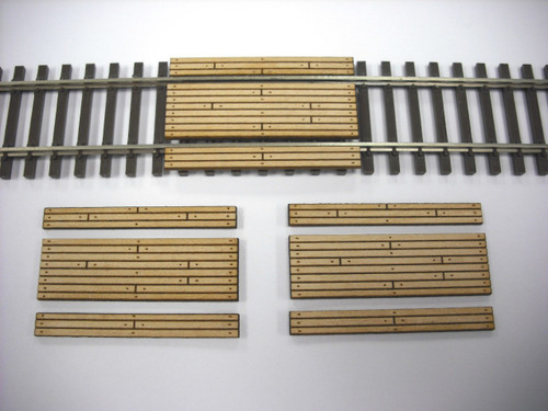 Train Time Laser HO Scale Single Lane Timber Crossing (3-Pack)