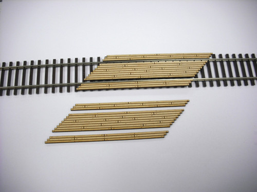 Train Time Laser HO Double Lane Timber Right Angle Crossing (2-Pack)