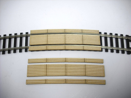 "Train Time Laser HO Double Lane 22"" Curved Timber Crossing (2-Pack)"