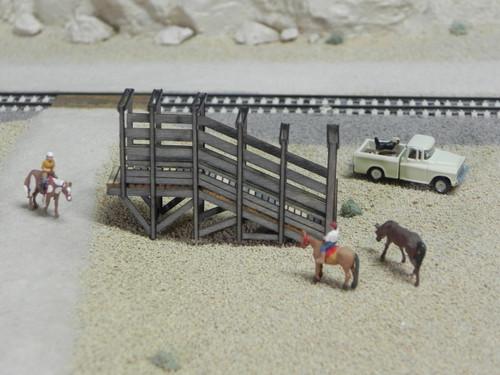 Train Time Laser HO Scale Livestock Loading Ramp Kit