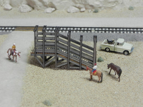 Train Time Laser O Scale Livestock Loading Ramp Kit