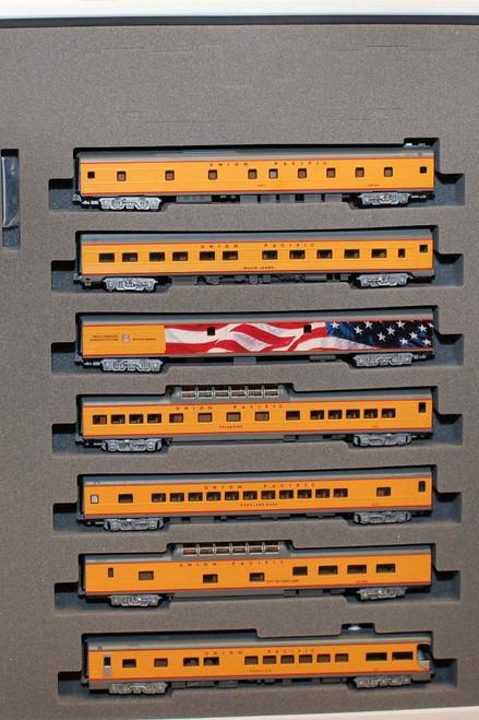 Kato N Scale Excursion Train 7-Car Set, Union Pacific Set - 106-086
