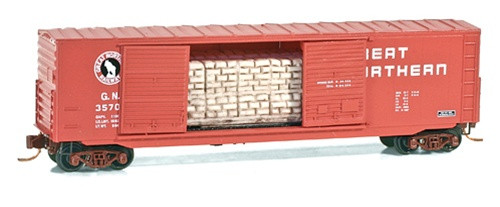 Micro Trains N 50' Box Car Great Northern with Bag Load - 03700090