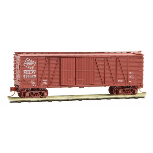 Micro Trains N Scale Milwaukee 40' Boxcar - Rd# 592425  - 0400040