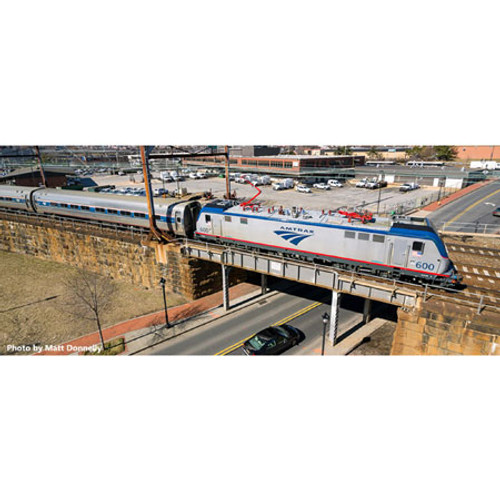 Kato N Scale ACS-64 w/Amfleet I Bookcase, Amtrak/Ph VI (5) - 1068002