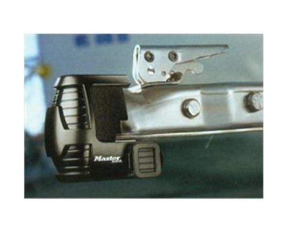Master Lock 379DAT Trailer Lock, Universal