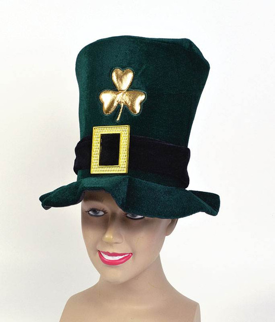 Irish Hat. Velvet, Green.