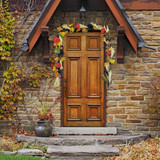 Fraser Hill Farm 9-ft Fall Harvest Garland Decor with Corn Husks, Pumpkins and Pine Cones