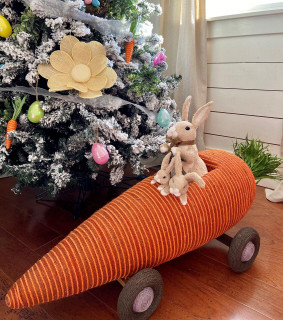 Fraser Hill Farm 29-In Wide Sisal Carrot Car with Bunnies, Cute Easter Rabbit Figurine, Spring Decoration