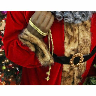 Fraser Hill Farm 5-Ft Life-Size African American Santa Claus Holding Wreath and Wearing Red Velvet Suit with Fur Trim, Indoor Decor