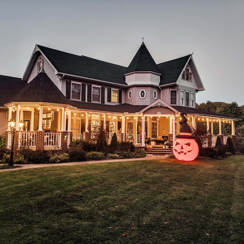 Top 10 Tricks (or Treats) for a Halloween Home