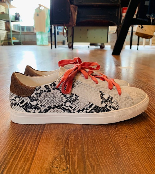 W White Snake & Coral Sneakers