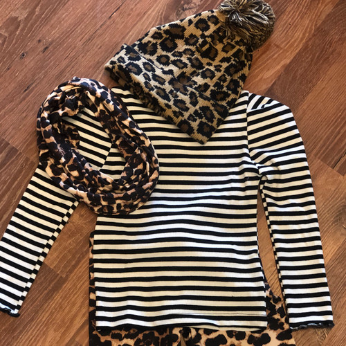 Girl's B&W Stripe Top