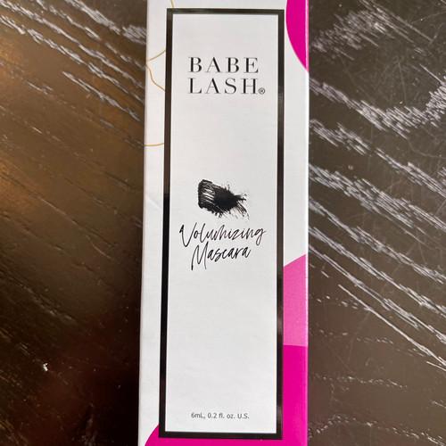 Babe Lash Volumizing Mascara
