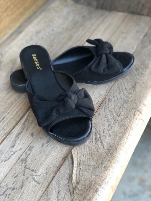 W Black Knot Sandals