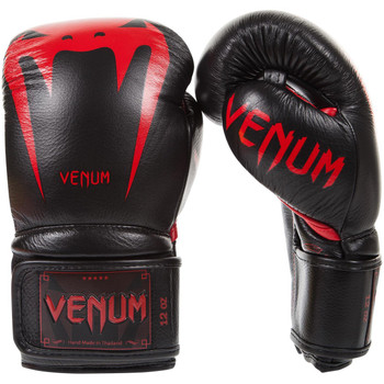 Venum Giant 3.0  Boxing Gloves Black/Red