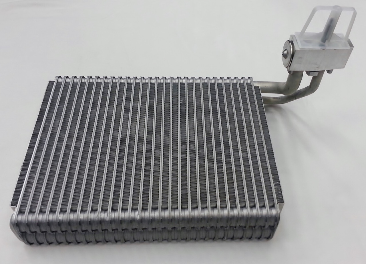 A//C AC Evaporator Core fits Chrysler Grand Voyager Town /& Country Dodge Caravan