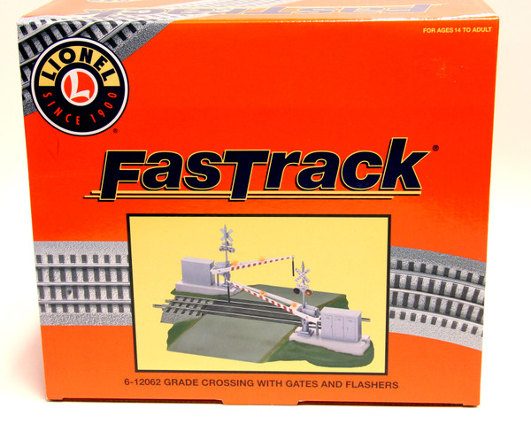 Fastrack Grade Crossing With Gates And Flashers 6-12062