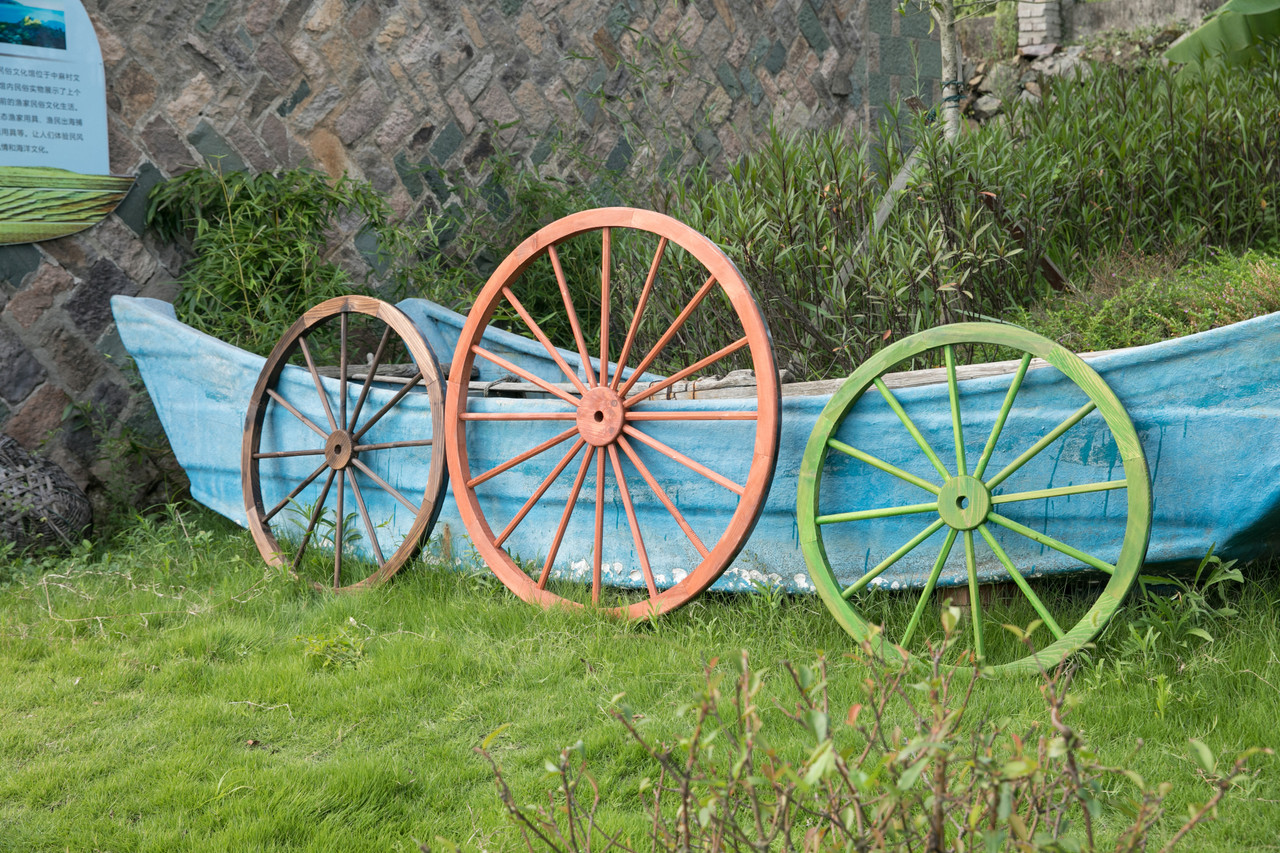 Decorative Antique Wagon Garden Wheel Gardenised