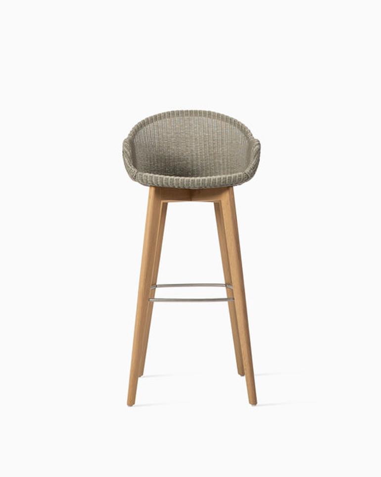 Avril bar stool oak base