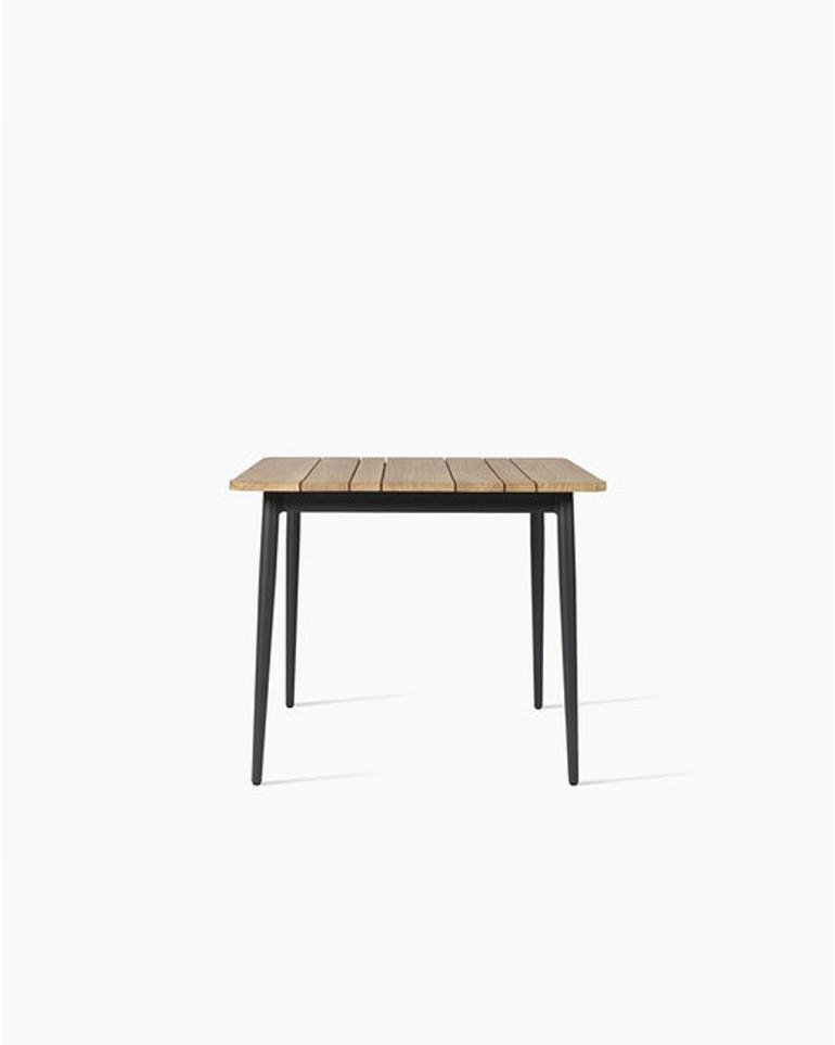 Leo bistro table