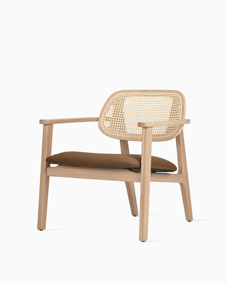 Titus lounge chair