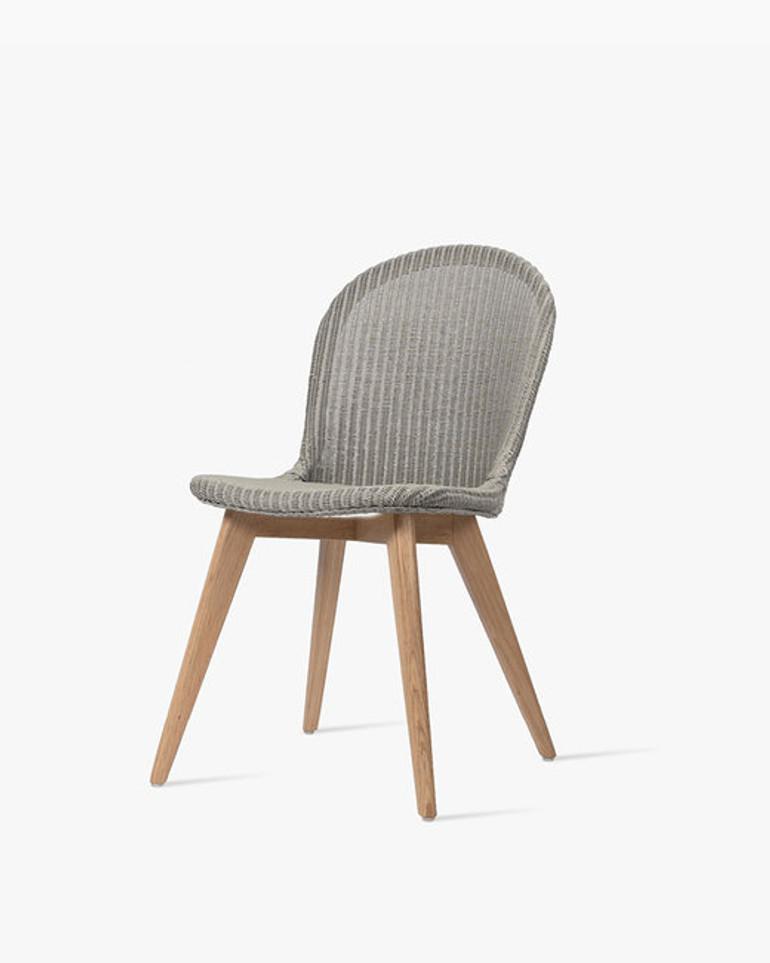 Yann dining chair oak base