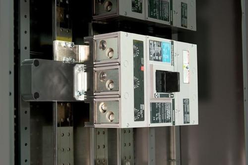 SJ1 Fits 400A & 600A Frames