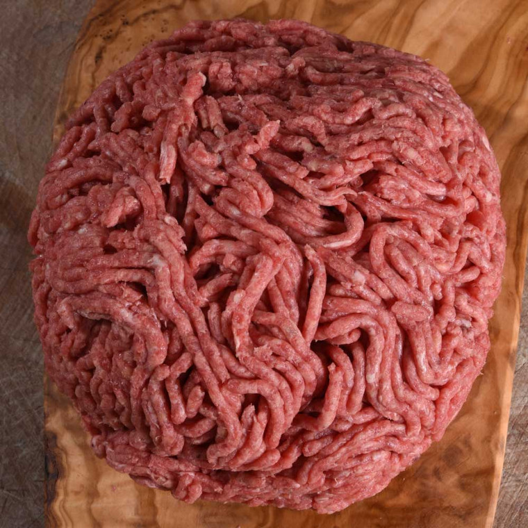 Our lamb mince has all of the characteristic robustness that makes our grass-fed lamb so distinctive.  Our butchers scrupulously select the cuts that go into our mince, trimming off any excess fat before coarse grinding it to give excellent texture once cooked.  Handy for storing in the freezer, our lamb mince is the perfect ingredient for everything from burgers to meatballs, moussaka to koftas.