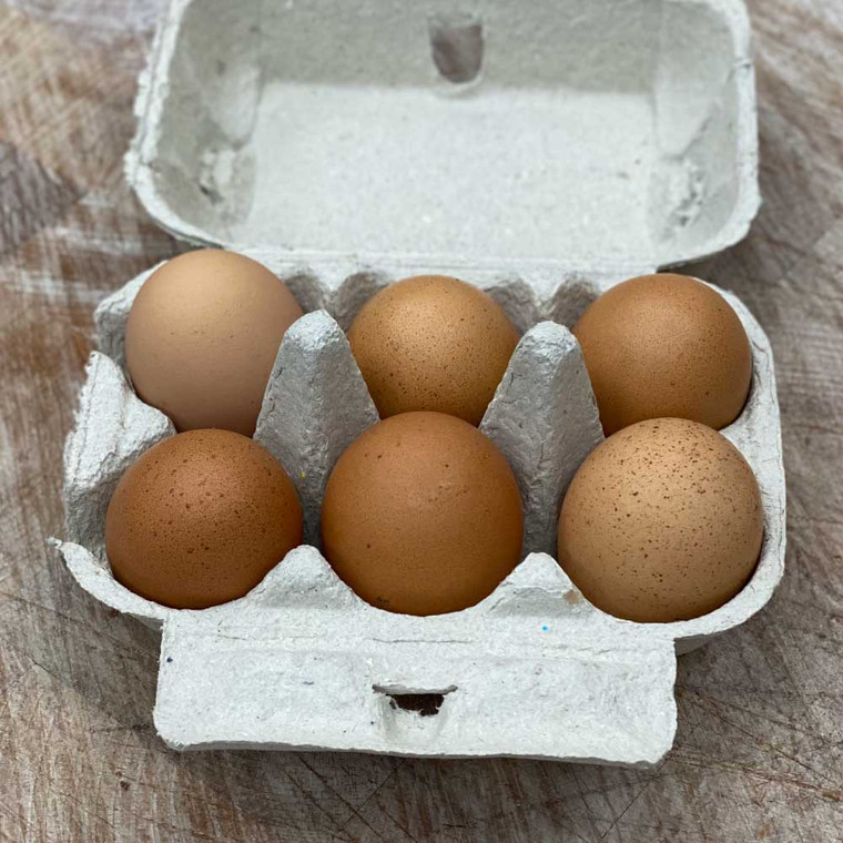 6 Large Free Range Eggs locally sourced from Chapel Farm.