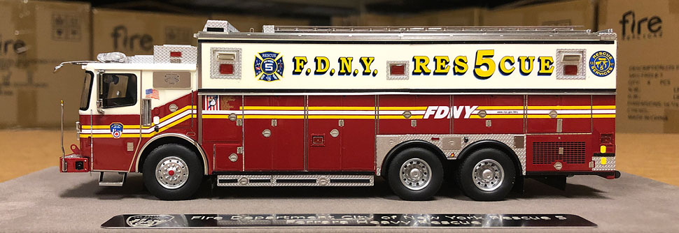 Out of the box image of Staten Island's Rescue 5 scale model
