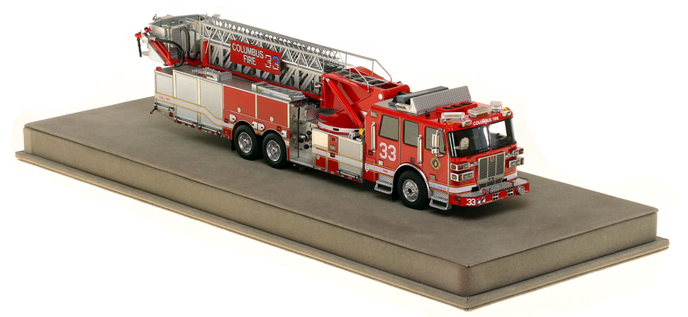 Columbus Ladder 33 features a 0.6mm stainless steel ladder