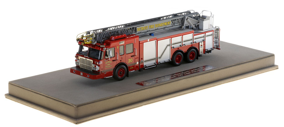 Detroit Ladder 20 includes a fully custom display case.