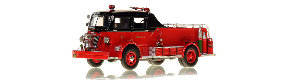 Chicago Fire Department 1952 Autocar Squad 7 scale model