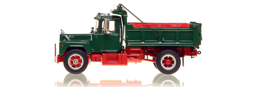 Mack R single axle dump truck in classic green over red
