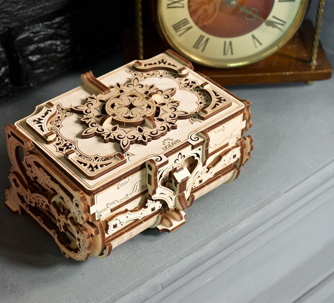 uGears ANTIQUE BOX 70089 Wooden Mechanical Construction jewelery 3D Puzzle kit