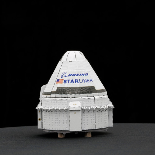 Boeing CTS-100 Starliner Metal Earth Model Kit